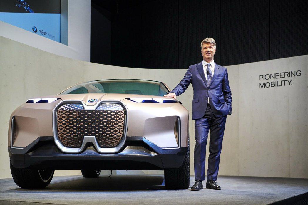 BMW i3推出之後,品牌在近幾年卻未有任何一部量產純電車,發展電動車腳步過慢的...