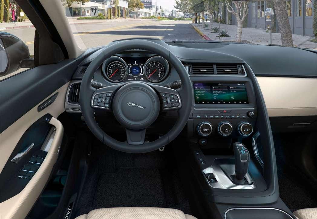 全新19年式New Jaguar E-PACE全車系升級標配智慧主動安全防護系統...