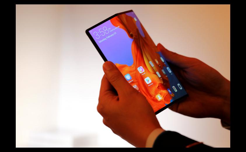 華為可折疊5G手機Mate X。路透
