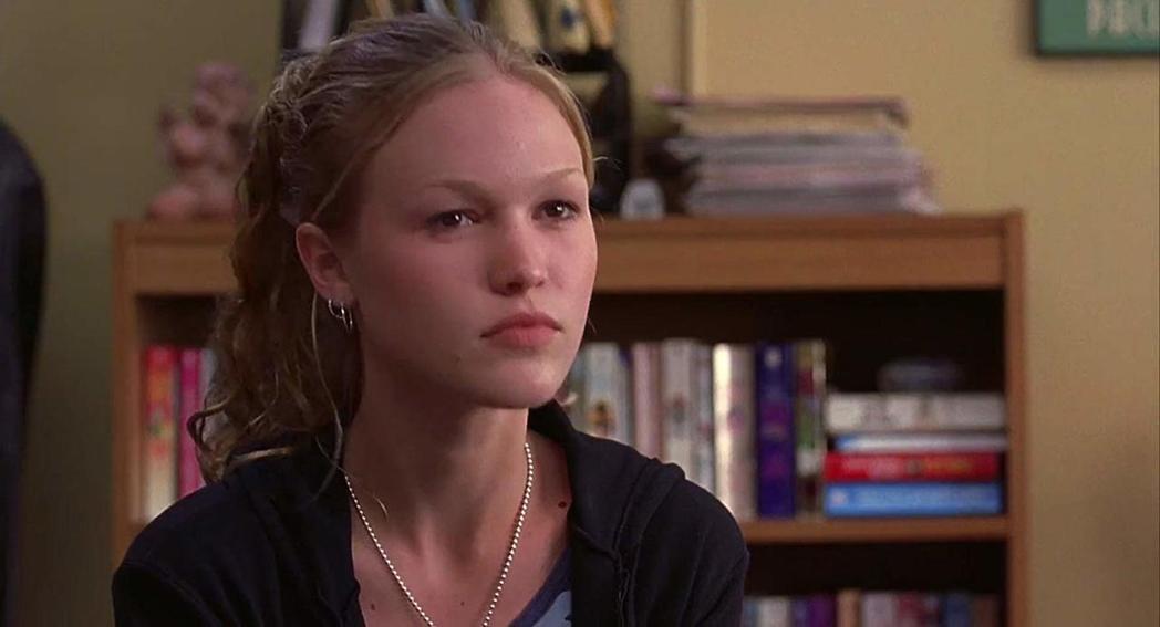 茱莉亞史緹爾因「對面的惡女看過來」崛起。圖/摘自imdb