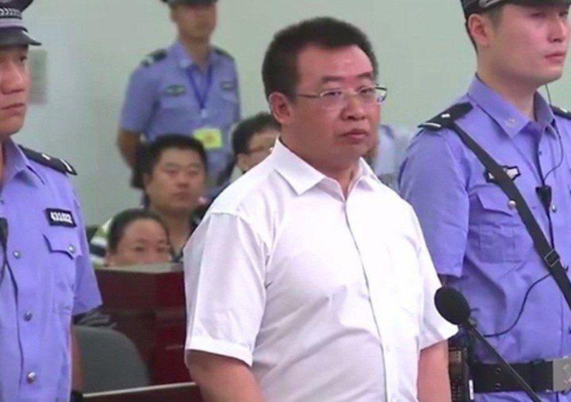 中國維權律師江天勇。 新浪微博資料照片