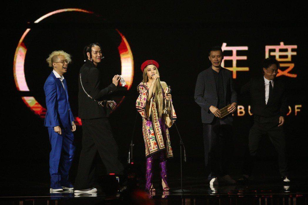 蔡依林「Ugly Beauty」獲得金曲年度專輯獎。記者林伯東/攝影