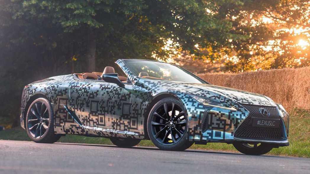 Lexus LC Convertible原型車。  摘自Lexus