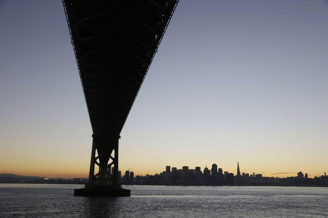 專家預測,舊金山灣區在2030年前遭遇規模6.7以上強震侵襲機率有7成。(美聯社...