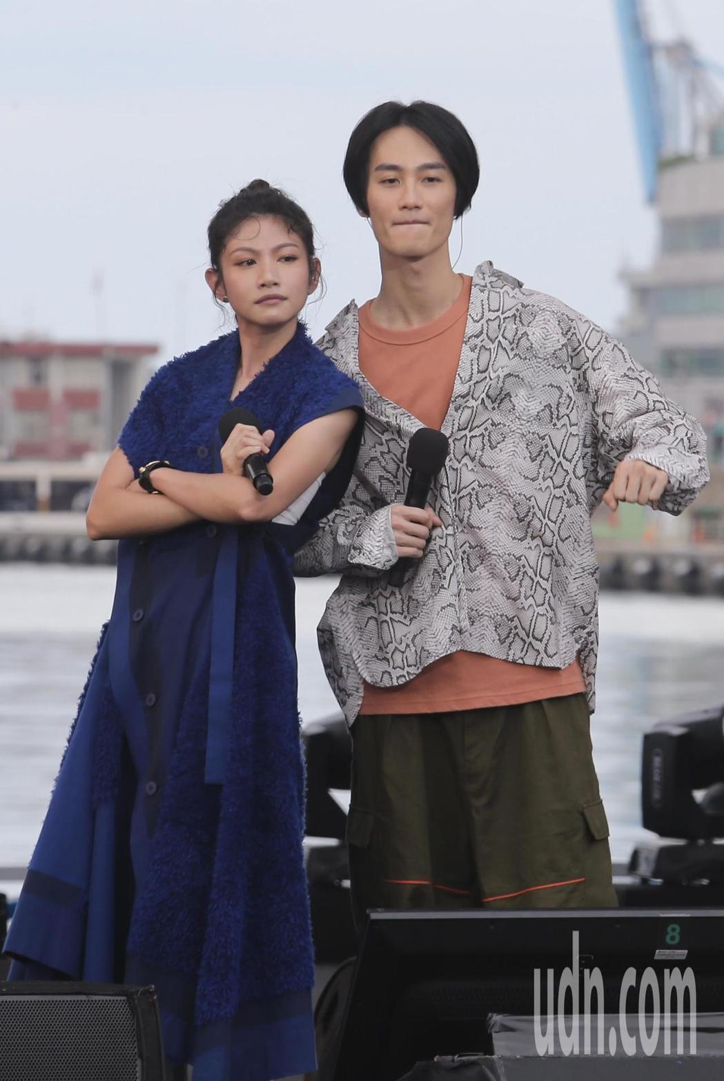李千那(左)、李英宏帶來多首合唱歌曲。記者許正宏/攝影