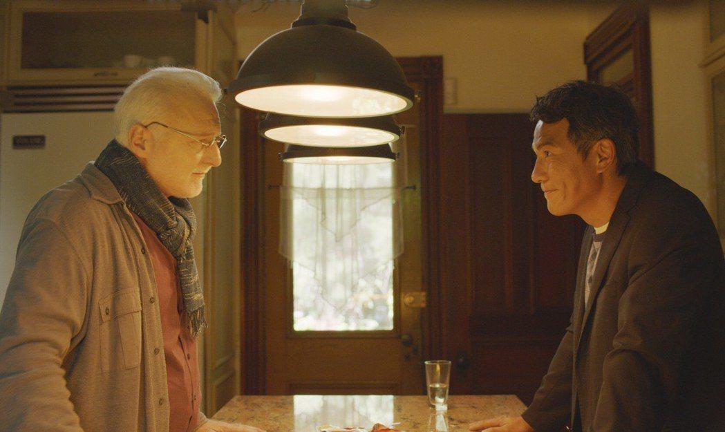 戴立忍赴加拿大拍片與演過「神鬼交鋒」的弗朗索瓦布蘭查德(左)有對手戲。圖/氧氣提...