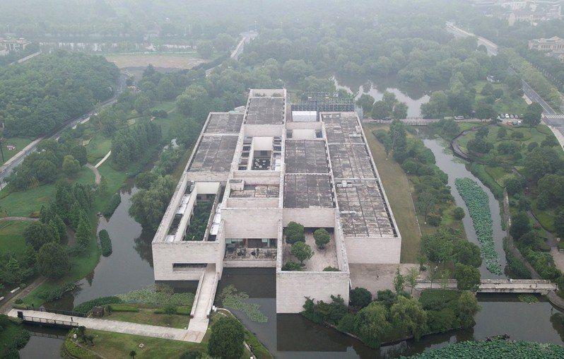 中國良渚古城遺址列入世界遺產名錄,中國世界遺產總數已達55處圖為:良渚博物院。 (中新社)