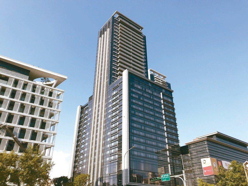 大直豪宅「西華富邦」有水岸景觀的與沒有的,成交價一坪相差近40萬元。 圖/聯合報...
