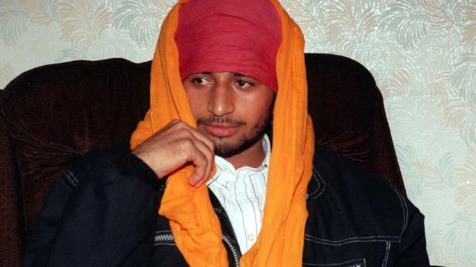 印度44歲男子塞尼(Pardeep Saini)22年前躲在一架由德里飛往倫敦的...