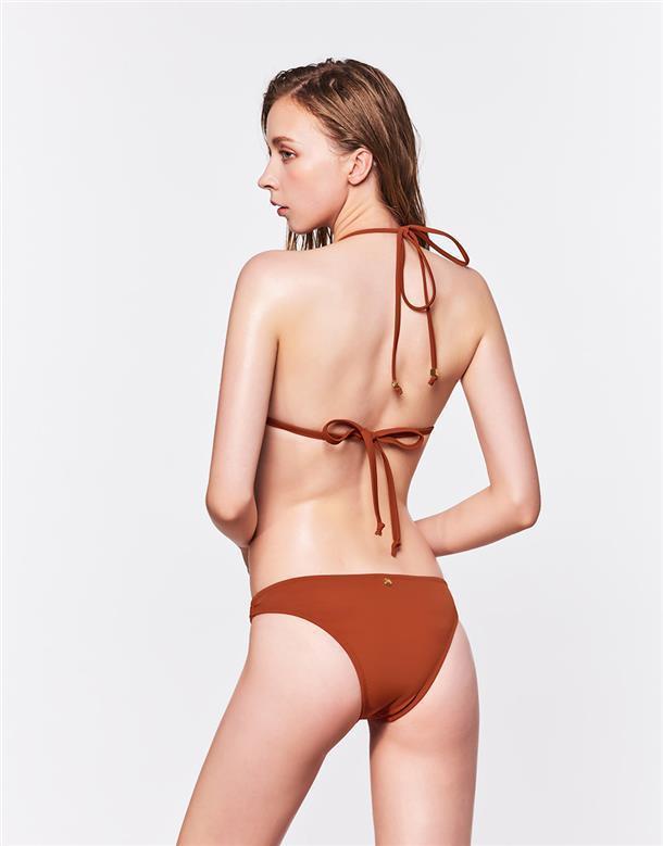 WAVE SHINE 二代圓圈波光微性感泳褲,790元。圖/WAVE SHINE...
