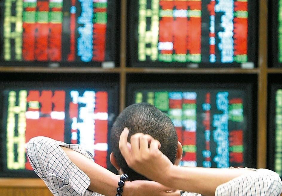 台股今(22)日以10,560.01點開出,上漲34.21點。 圖/聯合報系資...