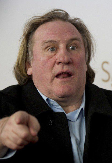 法國演員和美食家傑哈德巴狄厄(Gerard Depardieu)11日將拍賣他巴黎一家餐廳的所有物品,包括每瓶價值21萬元的葡萄酒。德巴狄厄上個月賣掉他位於巴黎市中心的餐廳La Fontaine G...