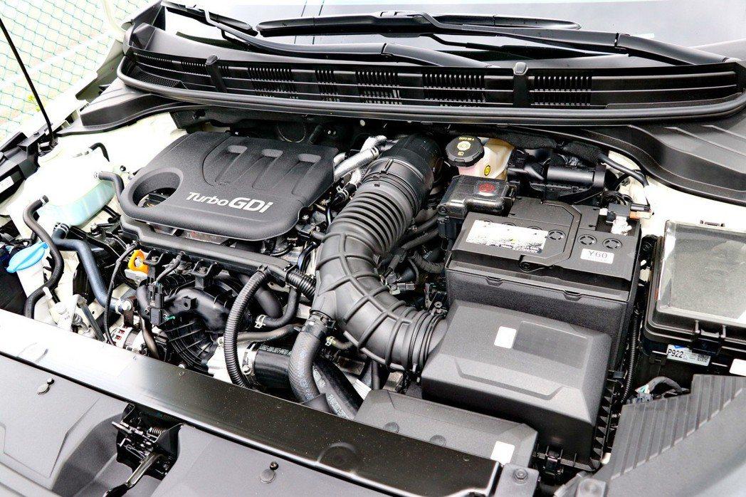 高階車型搭載1.0升T-GDI渦輪增壓三缸引擎。 記者陳威任/攝影