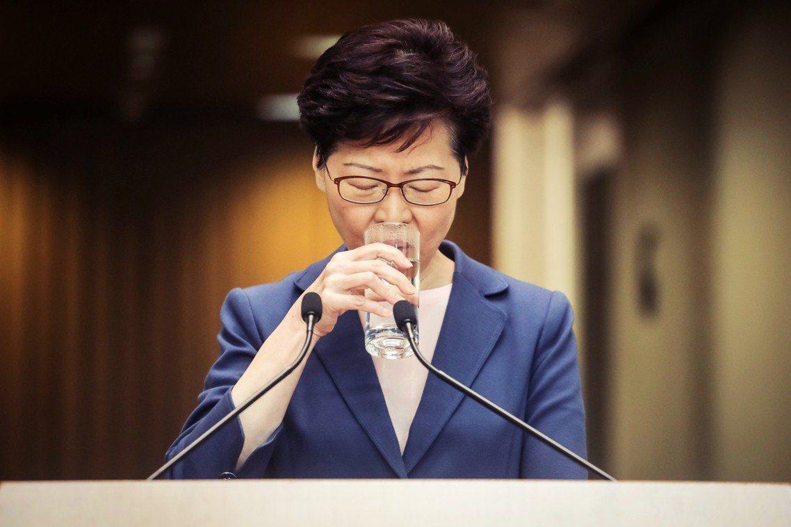 「送中工作已完全失敗。」香港特首林鄭月娥9日上午再度召開記者會,重申全港爭議的《...