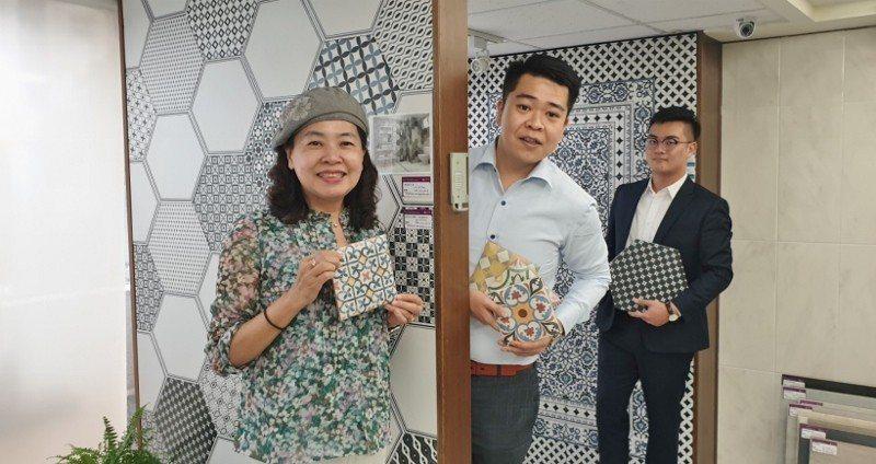 美利德公司負責人顧淑美(左)與台北門市業務團隊。 徐谷楨/攝影
