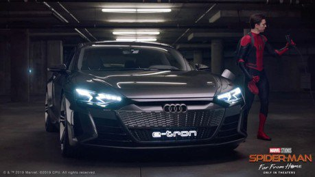 無雷請進/蜘蛛人考到駕照後 鋼鐵人的Audi e-tron GT就送他開了?