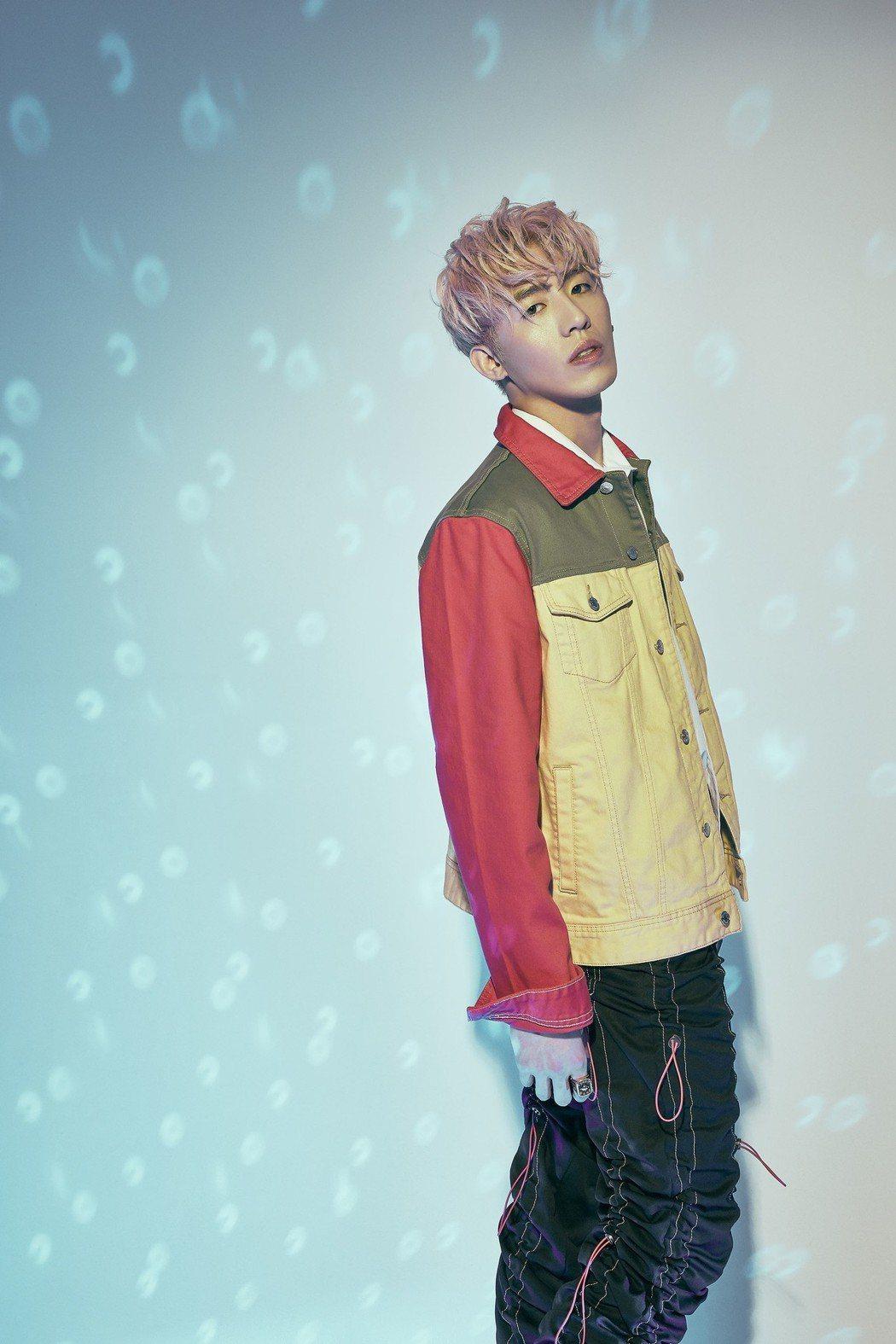 創作歌手黃昺翔推出首張創作全專輯「你在幹嘛」。圖/無限美好文創娛樂提供