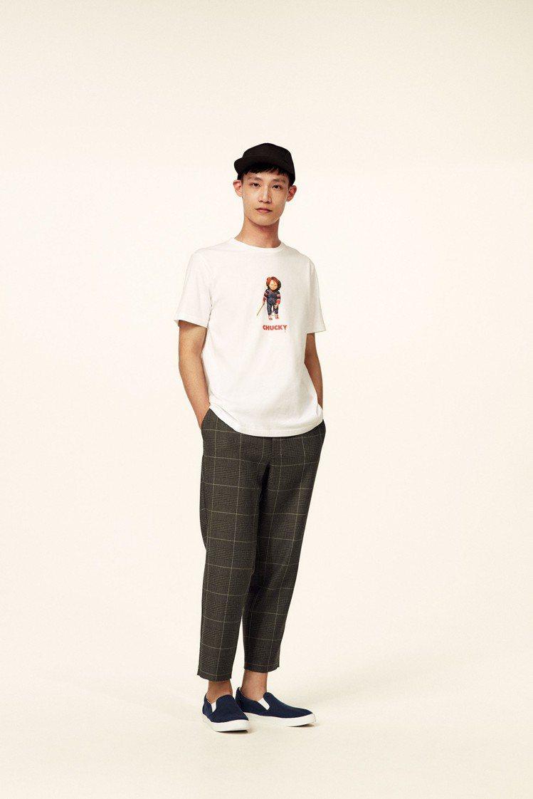 GU聯名鬼娃恰吉男裝印花T恤,售價290元。圖/GU提供