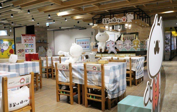 「反應過激的貓」咖啡店以教室為設計風格。圖/Global Mall提供