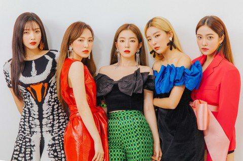 """在韓國紅透半邊天,同時也在日本擁有超高人氣的韓國大勢女團Red Velvet,今年1月在日本舉辦的首場ARENA巡迴演唱會「Red Velvet ARENA TOUR in JAPAN""""REDMAR..."""