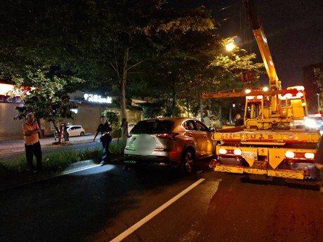 200萬Lexus未熄火遭竊 警方開十多槍逮竊賊