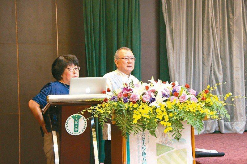 日本創生專家神戶憲治(右),分享地方創生經驗。 記者林敬家/攝影