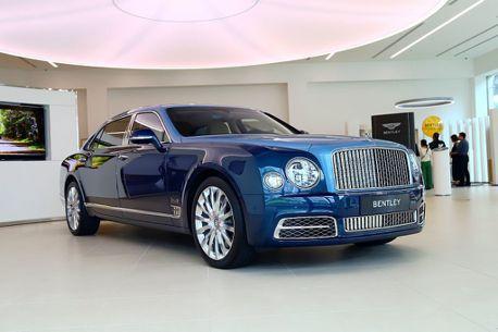 奢華百年!Bentley限量特仕車與神祕敞篷車抵台亮相
