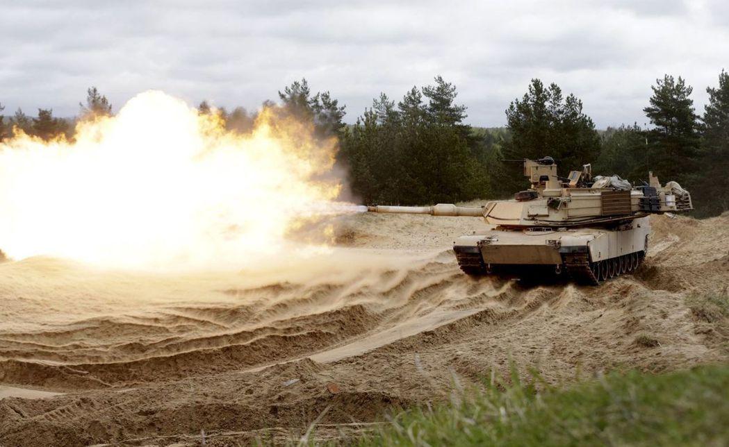 第一次波灣戰爭,美軍艾布蘭戰車大勝俄製坦克。 (路透)