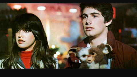 Netflix夯遍全球的大戲「怪奇物語」,最新第3季上架後,立刻引爆收視與討論熱潮,其中最受到觀眾關心的話題之一,就是戲裡有如「完美女神」化身的菲比凱絲,到底何許人也?「怪奇物語」背景設定在1980...