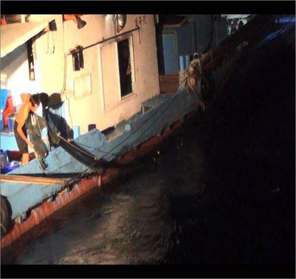海洋委員會海巡署艦隊分署第七(蘇澳)海巡隊運用科技執法,以紅外線熱像儀加強監控,...