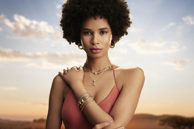 PANDORA聯名「獅子王」,推出一系列珠寶飾品。圖/PANDORA提供