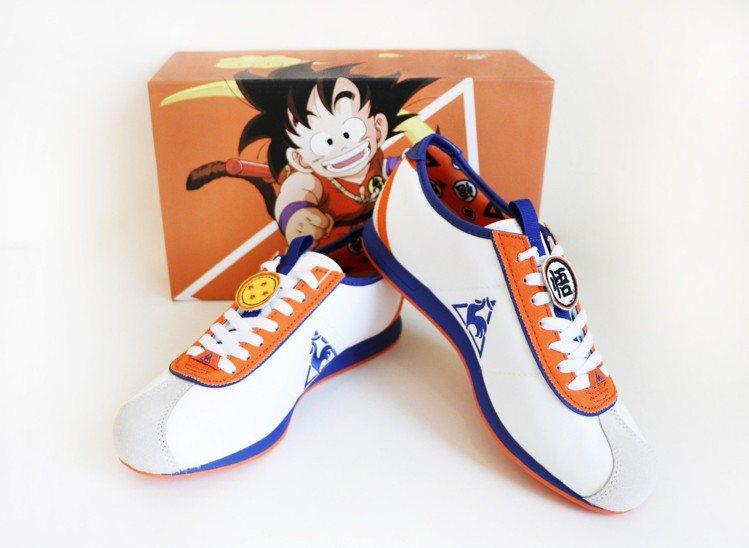 七龍珠孫悟空鞋款,3,290元。圖/le coq sportif Sport提供