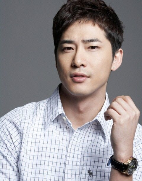 姜至奐涉嫌性侵,現仍在拘留所接受調查。圖/摘自南韓中央日報