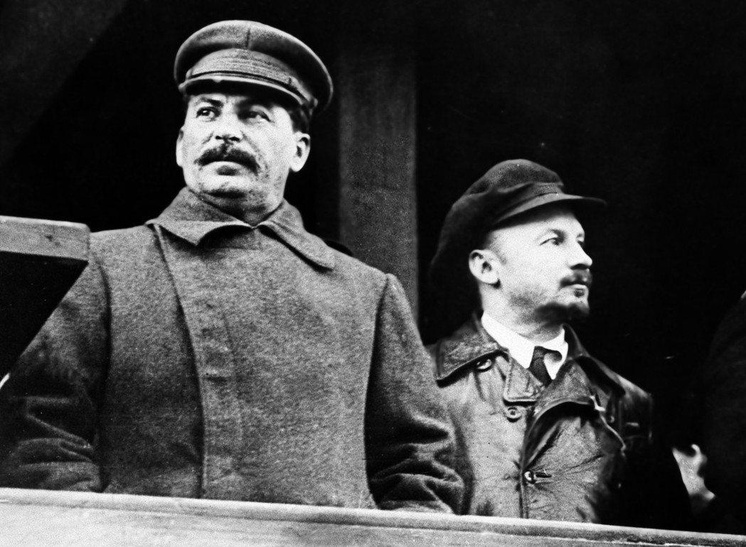前蘇聯獨裁者史達林(左)。 (美聯社)