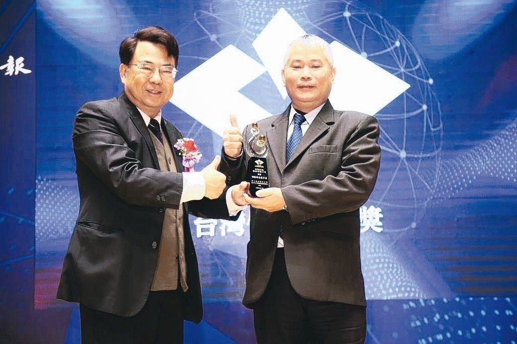 眾程科技總經理張耿彰(右)。 毛洪霖/攝影
