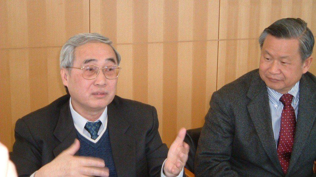旺宏電子董事長吳敏求(右)與前董事長胡定華(左)。 聯合報系資料庫