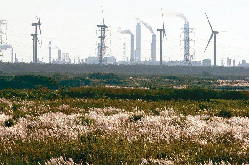 環保署今天公布107年各縣市PM2.5的年平均值,全台22縣市僅有6縣市達到標準。 圖/聯合報系資料照片