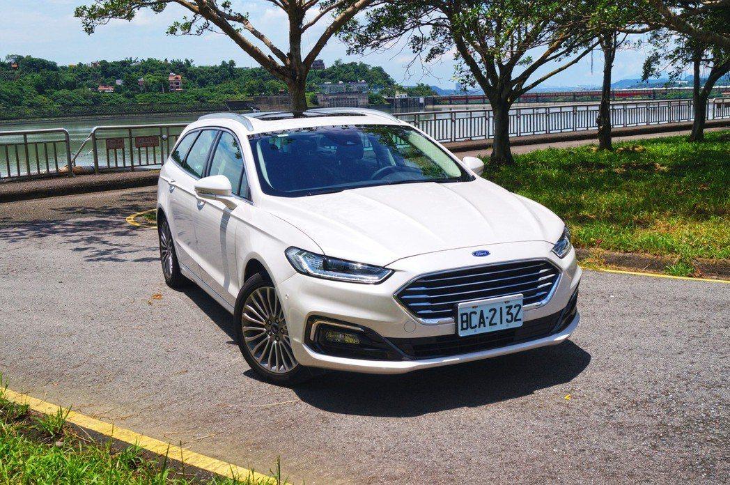 Mondeo Wagon在同級旅行車中的產品實力不俗。 記者趙駿宏/攝影