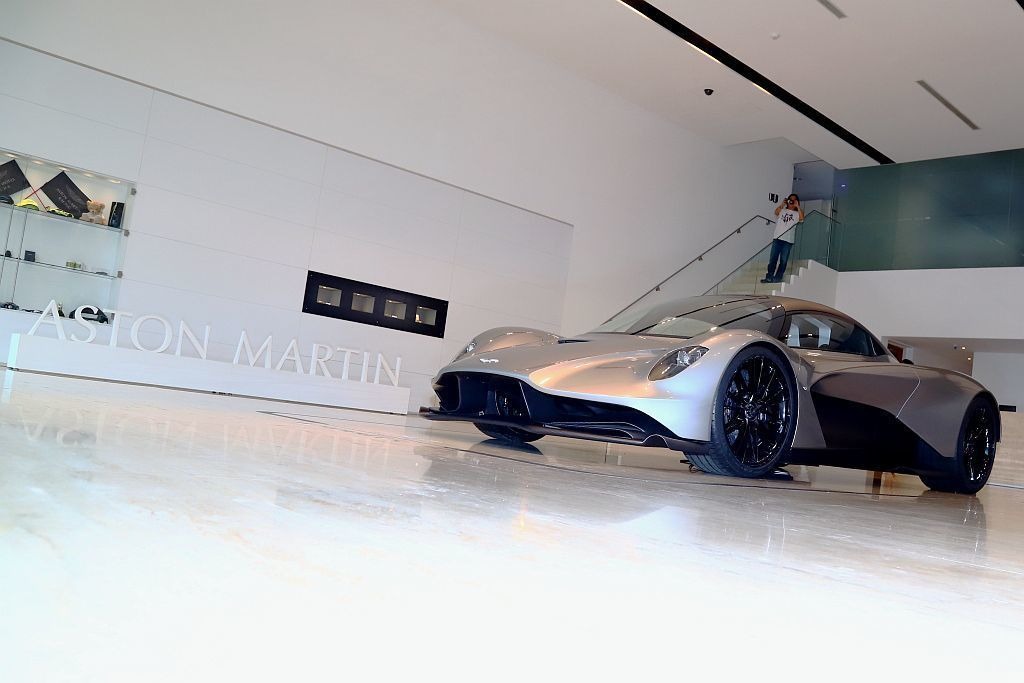 才在今年日內瓦車展亮相的Aston Martin Valhalla,不僅迅速抵台...
