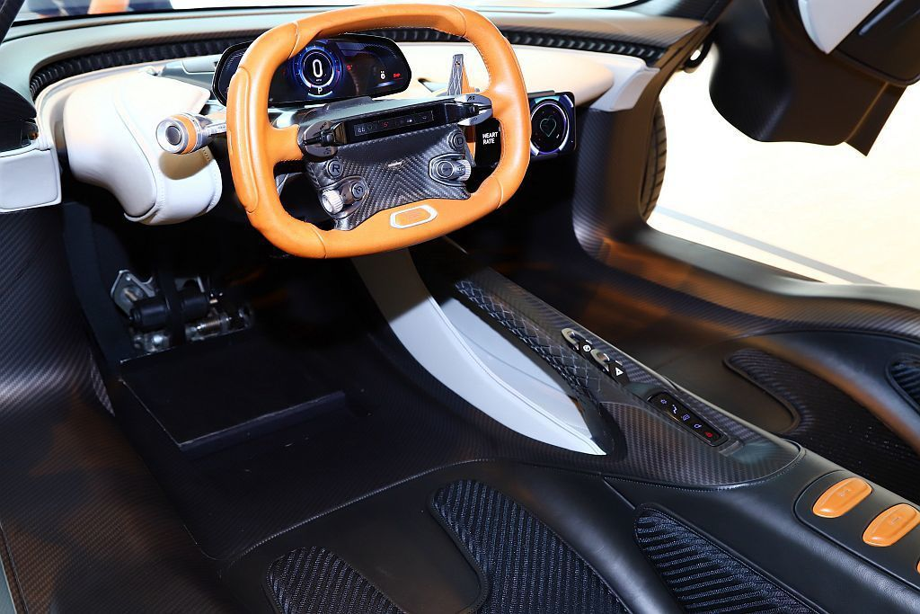 Aston Martin Valhalla在各個細節部件緊扣「F1終極道路版」核...