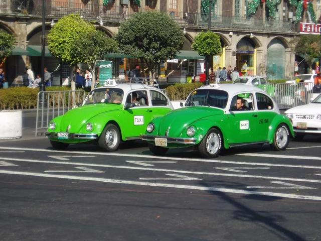 墨西哥的金龜計程車。美聯社