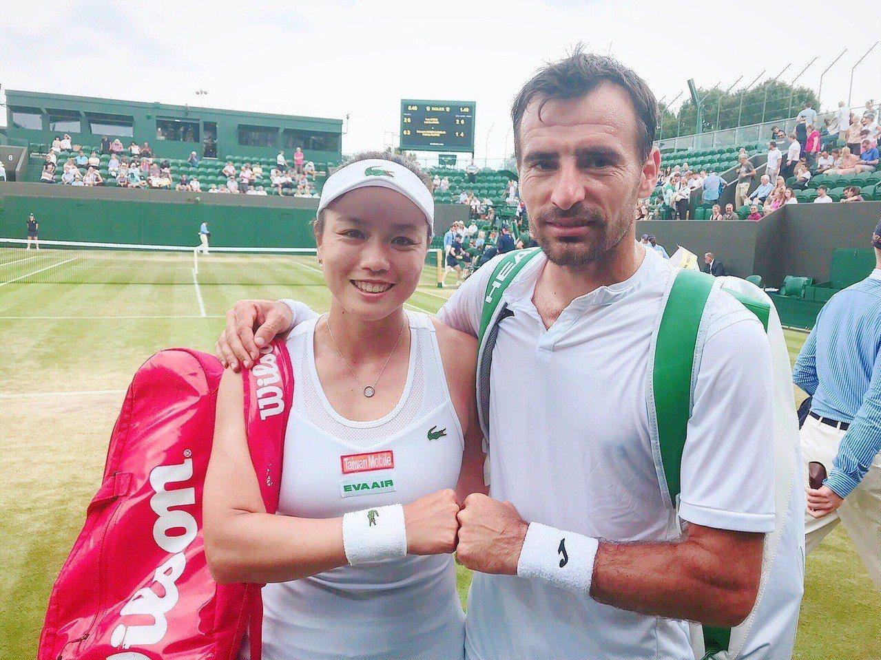 詹詠然(左)與搭擋多帝吉。圖/劉雪貞提供