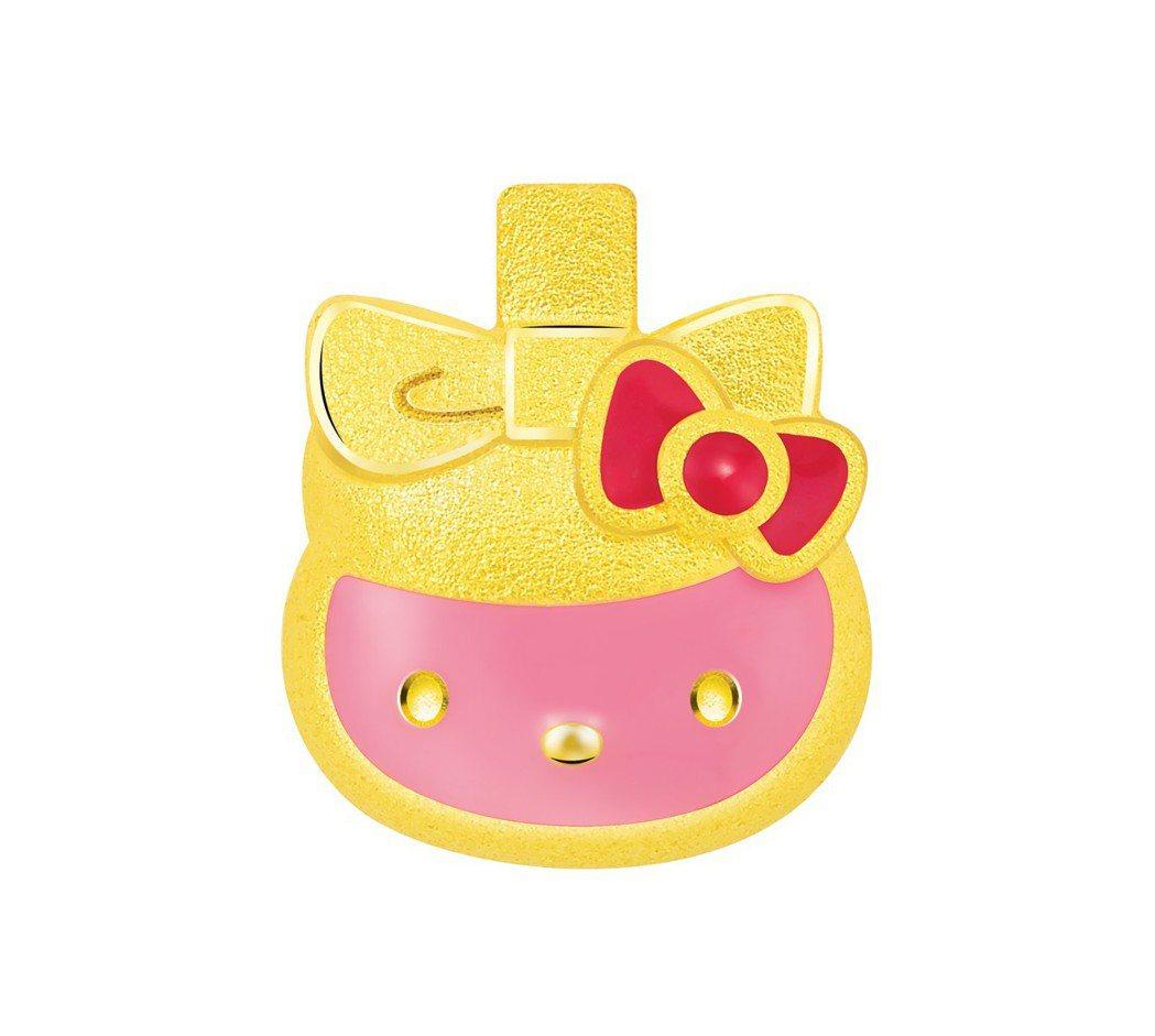 鎮金店Hello Kitty周年香水瓶單耳耳環,10,600元。圖/鎮金店提供