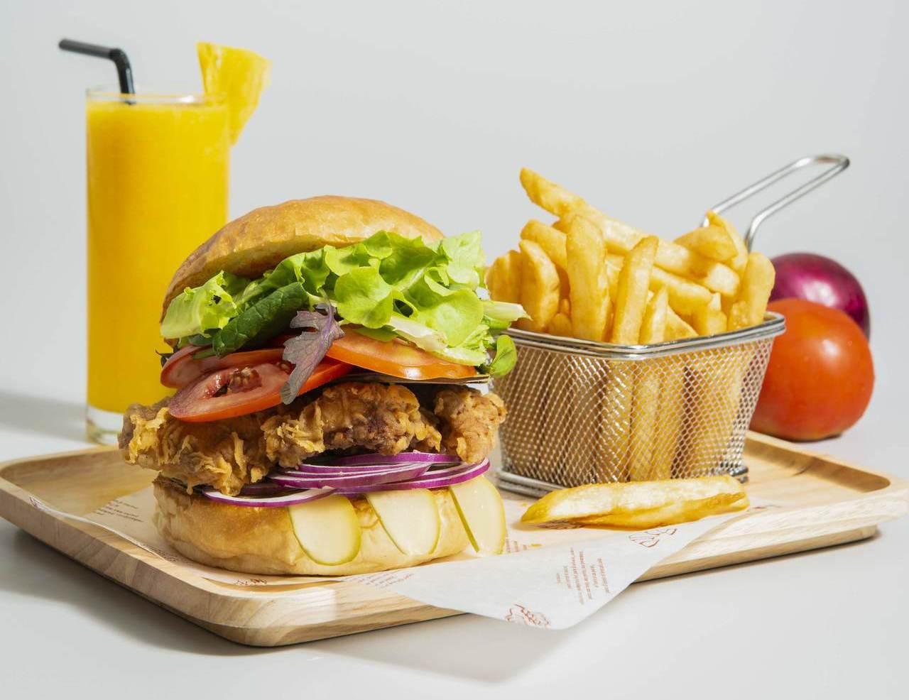 BELLAVITA推出夏日美食優惠,HALEAKALA脆炸雞腿漢堡排+BORA ...