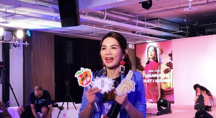 Ella 11日出席活動,依舊有問必答。記者許晉榮/攝影