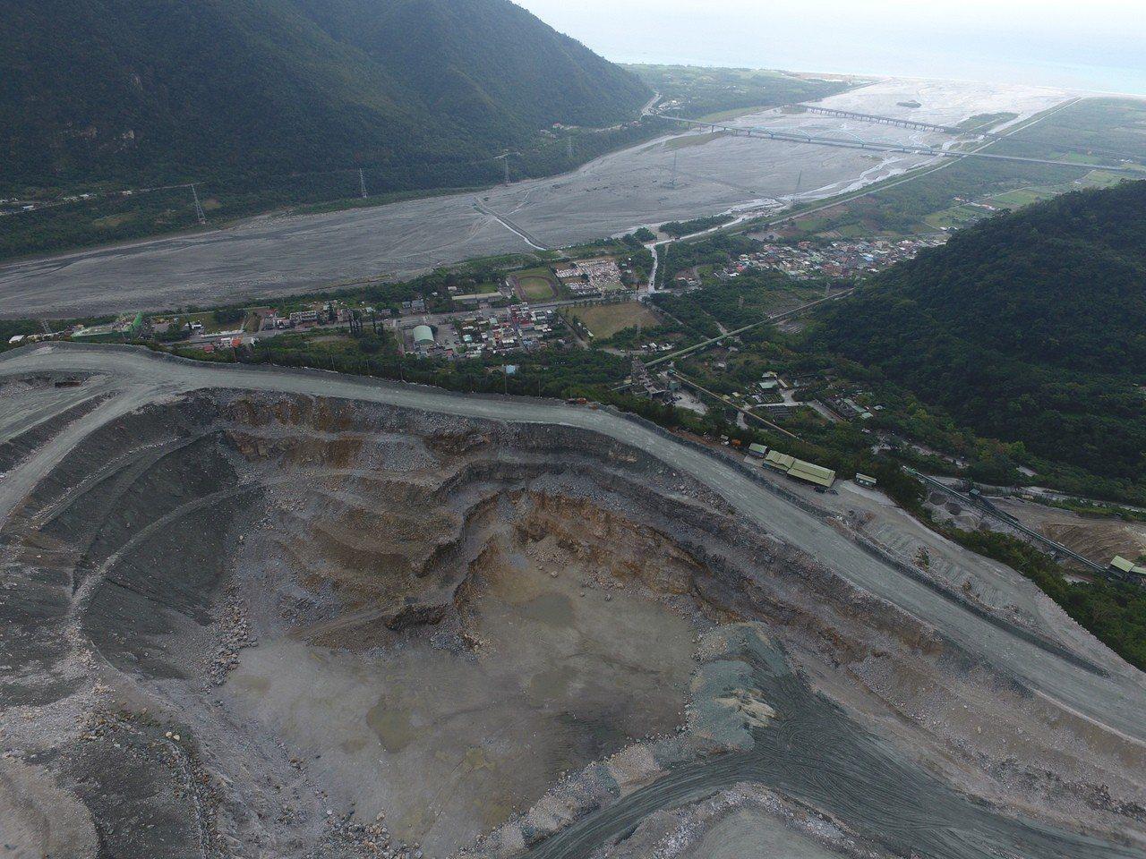 礦場空拍照。圖/地球公民基金會專員吳其融拍攝
