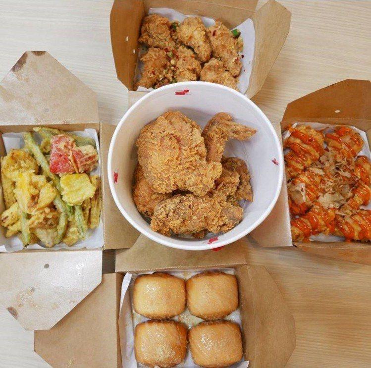 「拿坡里炸雞店」強大的IG網友搶先開箱。IG @maggiechu97提供