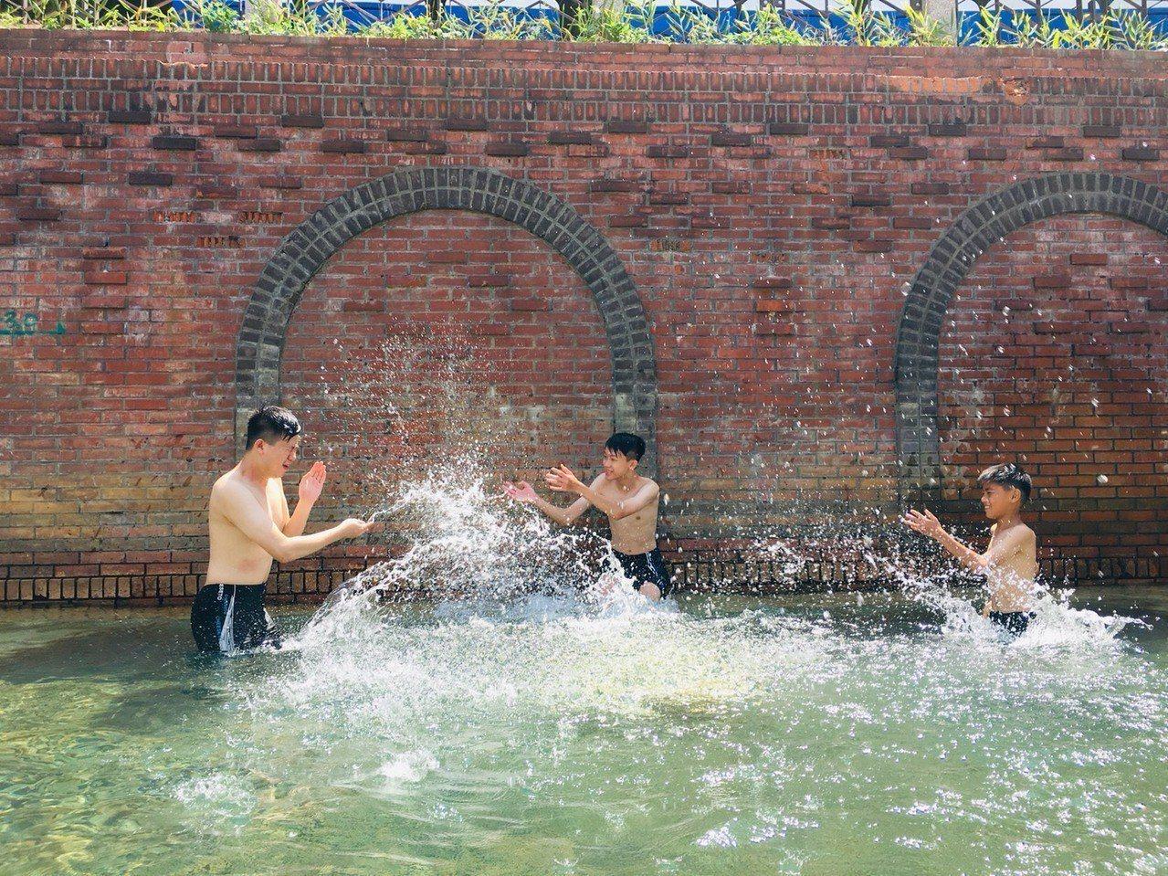 蘇澳冷泉新園區規畫冷熱雙泉湯屋、大眾池區及戶外休憩空間。圖/蘇澳鎮公所提供