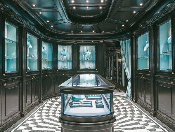 古馳在巴黎芳登廣場開設第一家高級珠寶專賣店。 圖/古馳提供