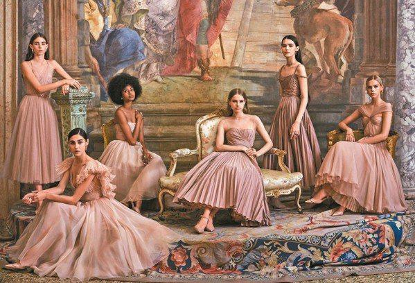 迪奧以Gem Dior系列高級珠寶歡慶品牌跨足珠寶領域20週年。 圖/DIOR提...
